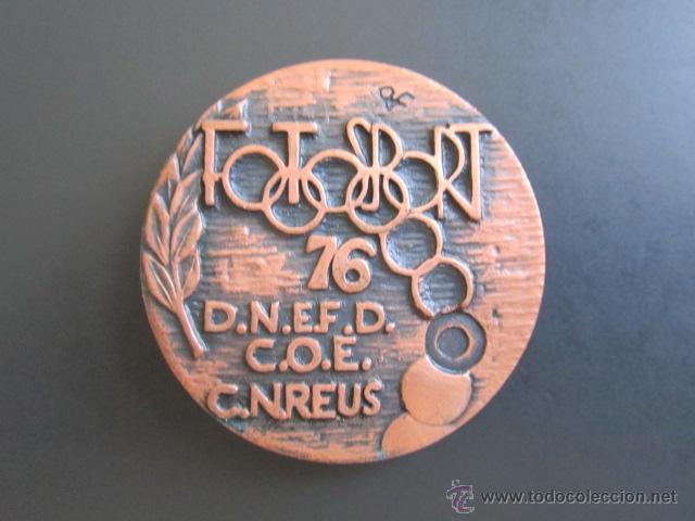 MEDALLA FOTOSPORT. REUS. 1976. DIÁMETRO 45 MM (Coleccionismo Deportivo - Medallas, Monedas y Trofeos - Otros deportes)