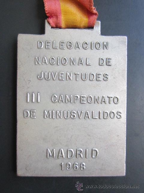 Coleccionismo deportivo: MEDALLA DELEGACIÓN NACIONAL DE JUVENTUDES. III CAMPEONATO DE MINUSVALIDOS. MADRID, 1968. 35X50 MM - Foto 2 - 48569712