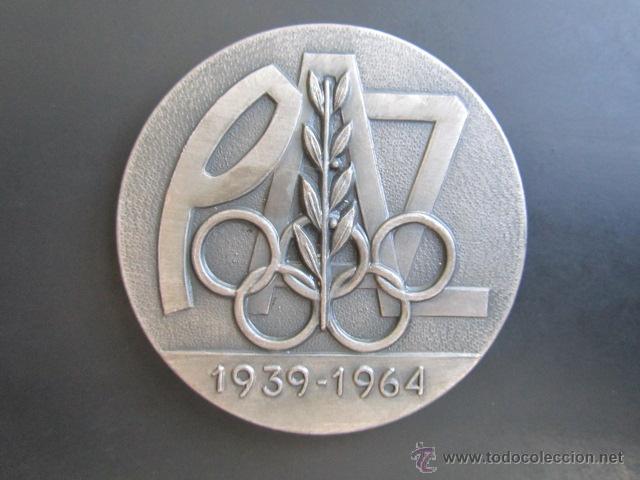 MEDALLA DE PLATA. EL DEPORTE ESPAÑOL EN LOS XXV AÑOS DE PAZ. 1939-1964. DIÁMETRO 50 MM (Coleccionismo Deportivo - Medallas, Monedas y Trofeos - Otros deportes)