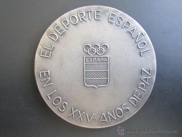 Coleccionismo deportivo: MEDALLA DE PLATA. EL DEPORTE ESPAÑOL EN LOS XXV AÑOS DE PAZ. 1939-1964. DIÁMETRO 50 MM - Foto 2 - 48569792