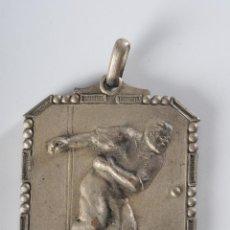 Coleccionismo deportivo: MEDALLA CAMPIONAT SOCIAL 1ª CATEGORIA 1946-1947. Lote 49212842