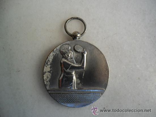 BONITA MEDALLA EN METAL PLATEADO DE PIN - PON (Coleccionismo Deportivo - Medallas, Monedas y Trofeos - Otros deportes)