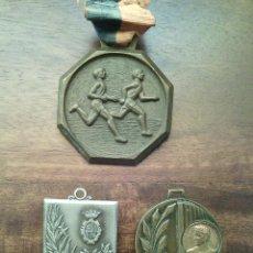 Sports collectibles - 3 antiguas medallas Atletismo. - 52849325