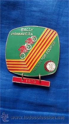 MEDALLA RALLY PRIMAVERA / PRUEBA POR EQUIPOS / METAL-LATÓN / PEÑA DIEZ X HORA / 1979 (Coleccionismo Deportivo - Medallas, Monedas y Trofeos - Otros deportes)