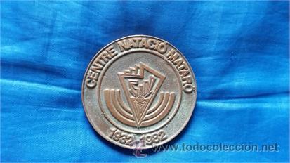 MEDALLA CONMEMORATIVA / CENTRE NATACIÓ MATARÓ / 50 ANIVERSARI / 1932-1982 / METAL (Coleccionismo Deportivo - Medallas, Monedas y Trofeos - Otros deportes)