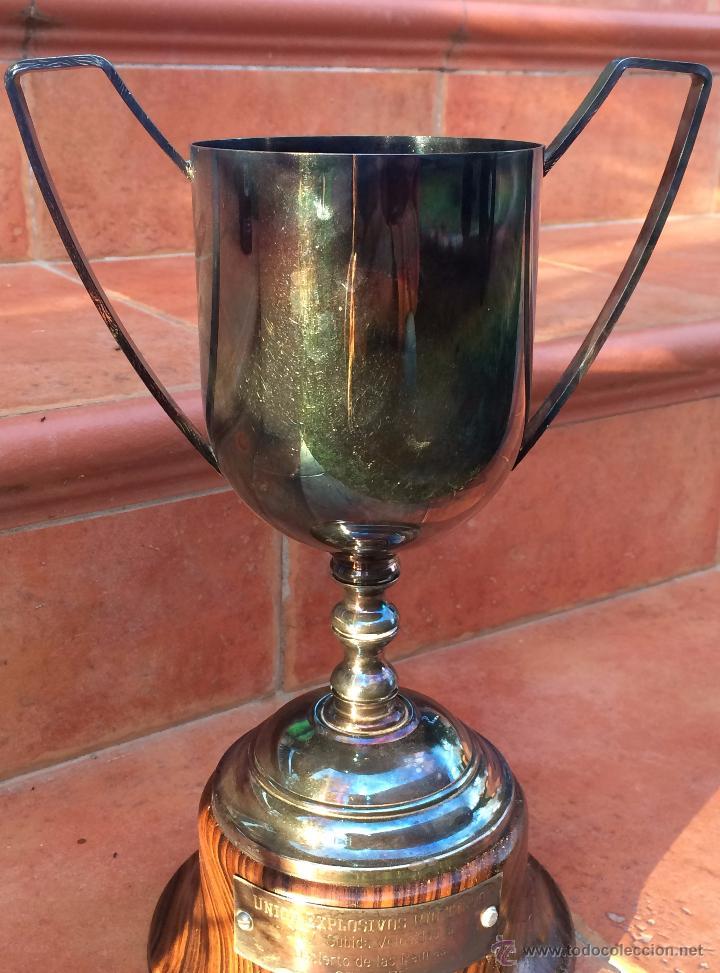Coleccionismo deportivo: Trofeo Copa Union Explosivos Rio Tinto 1975 - Foto 2 - 54854944