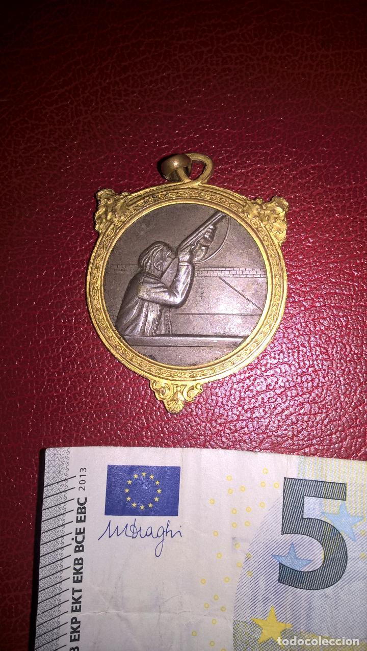 TIRO. MEDALLA ANTIGUA (Coleccionismo Deportivo - Medallas, Monedas y Trofeos - Otros deportes)