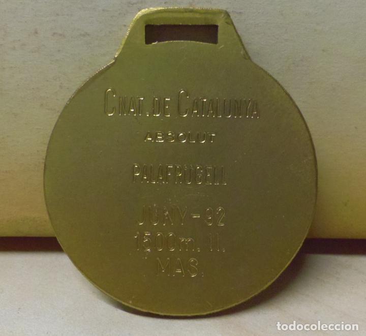 Coleccionismo deportivo: MEDALLA DE LA FEDERACIÓN CATALANA DE ATLETISMO - PALAFRUGELL JUNY 1992 CNAT DE CATALUNYA - Foto 2 - 66768474
