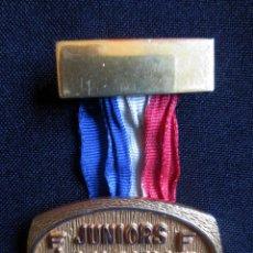 Coleccionismo deportivo: MEDALLA RUGBY FIRA CAMPEONATO MUNDIAL- VICHY- 1970. Lote 78189789