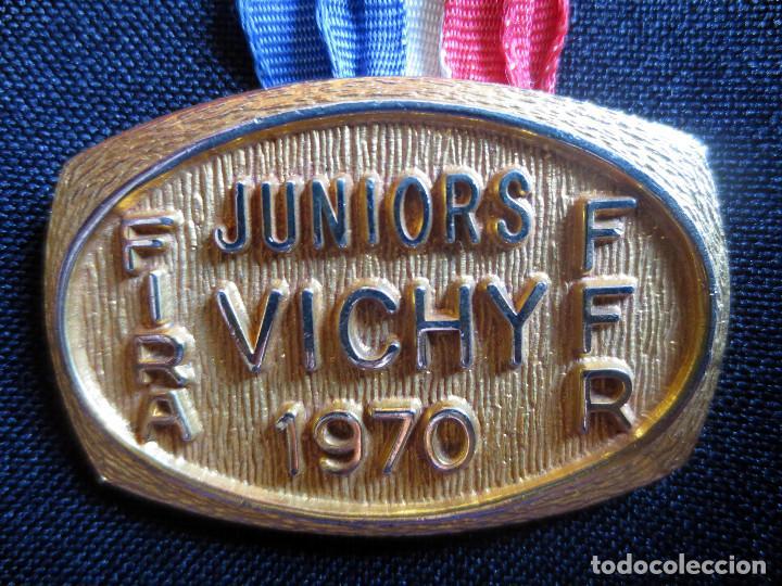 Coleccionismo deportivo: MEDALLA RUGBY FIRA CAMPEONATO MUNDIAL- VICHY- 1970 - Foto 3 - 78189789