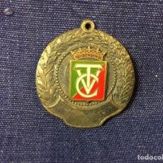 Coleccionismo deportivo: MEDALLA ESMALTE ROJO VERDE BLANCO CTV METAL PLATEADO 32MM. Lote 86054504