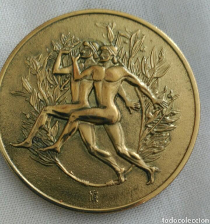 MEDALLA 6TH IAAF WORLD CHAMPIONSHIPS ATHENS 1997. CAMPEONATO MUNDIAL DE ATLETISMO ATENAS. GRECIA (Coleccionismo Deportivo - Medallas, Monedas y Trofeos - Otros deportes)