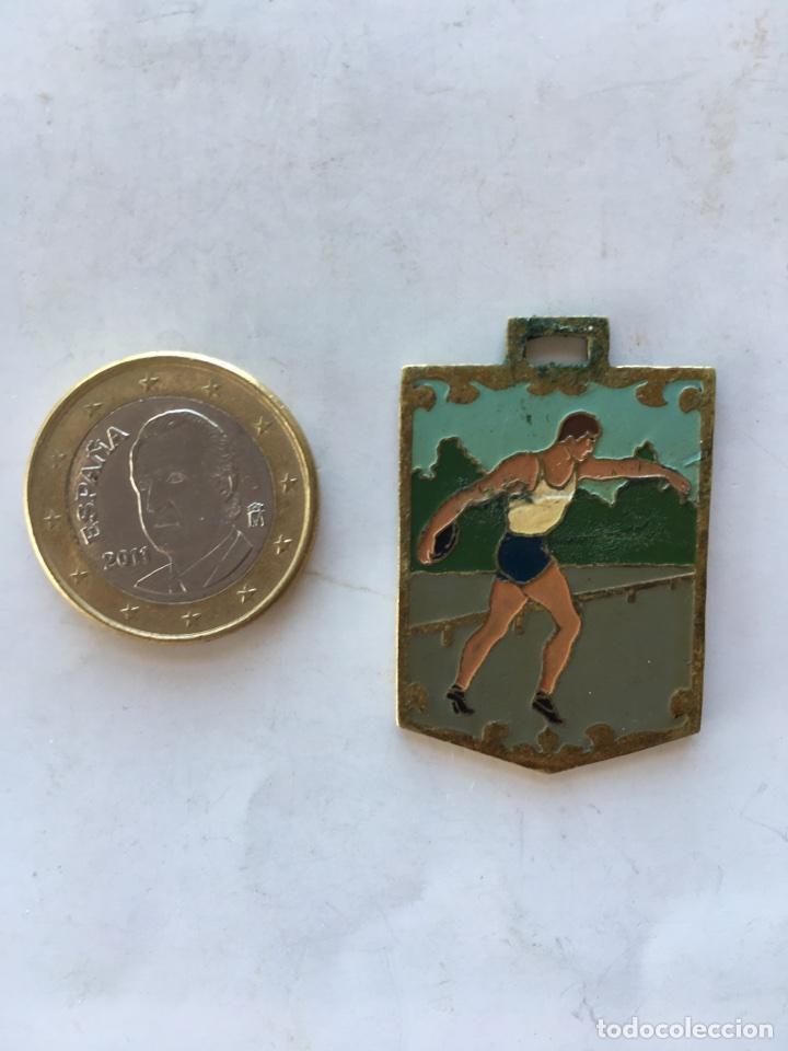 """MEDALLA """"CAMPEONATO NACIONAL DEL FRENTE DE JUVENTUDES"""" (H.1948?) (Coleccionismo Deportivo - Medallas, Monedas y Trofeos - Otros deportes)"""