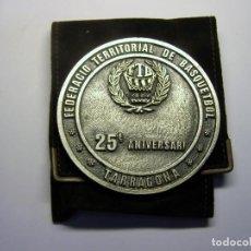 Coleccionismo deportivo: MEDALLA FEDERACIÓ TERRITORIAL DE BASQUETBOL, TARRAGONA AÑO 1988.. Lote 99723659