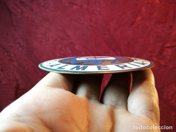 Coleccionismo deportivo: placa bronce grabado y esmaltado club pesca el palmeral--almeria--años 70 - Foto 6 - 105656579