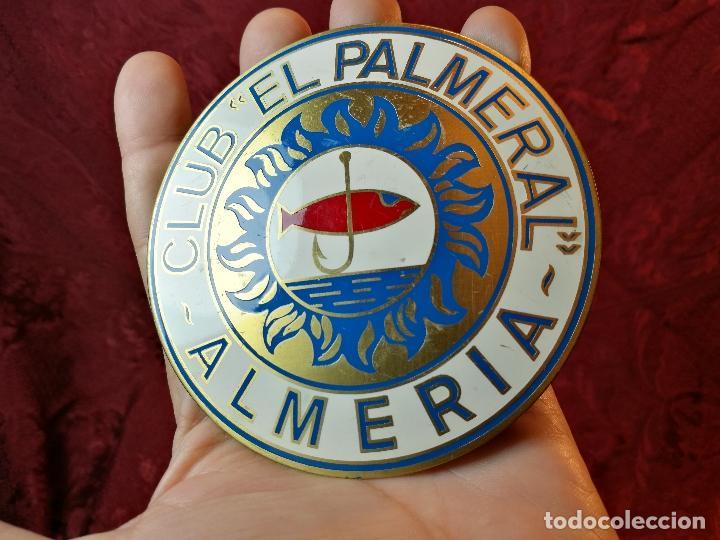 Coleccionismo deportivo: placa bronce grabado y esmaltado club pesca el palmeral--almeria--años 70 - Foto 8 - 105656579