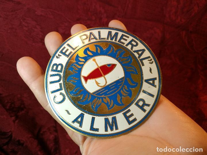 Coleccionismo deportivo: placa bronce grabado y esmaltado club pesca el palmeral--almeria--años 70 - Foto 9 - 105656579