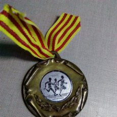 Coleccionismo deportivo: ANTIGUA MEDALLA ATLETISMO ATLETA. Lote 106576066