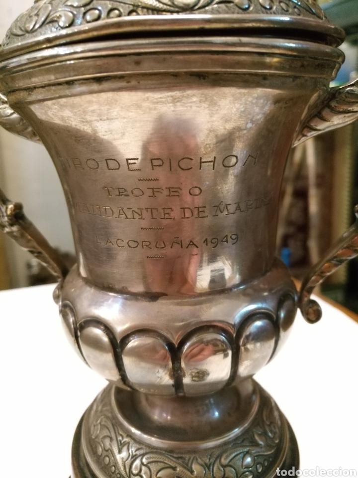 Coleccionismo deportivo: TROFEO ANTIGUO TIRO DE PICHON LA CORUÑA 1949 - Foto 2 - 109262890