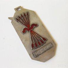 Coleccionismo deportivo: MEDALLA DE ORGANIZACIÓN DE LOS JUEGOS NACIONALES DEL FRENTE DE JUVENTUDES DE FALANGE - 1953. Lote 111215727