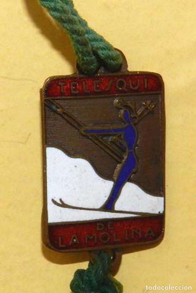 Coleccionismo deportivo: ANTIGUA MEDALLA ESMALTADA DE ESQUI, TELESQUI DE LA MOLINA, MIDE 3,2 X 1,9 CMS. TAL COMO SE VE EN LAS - Foto 4 - 114961467