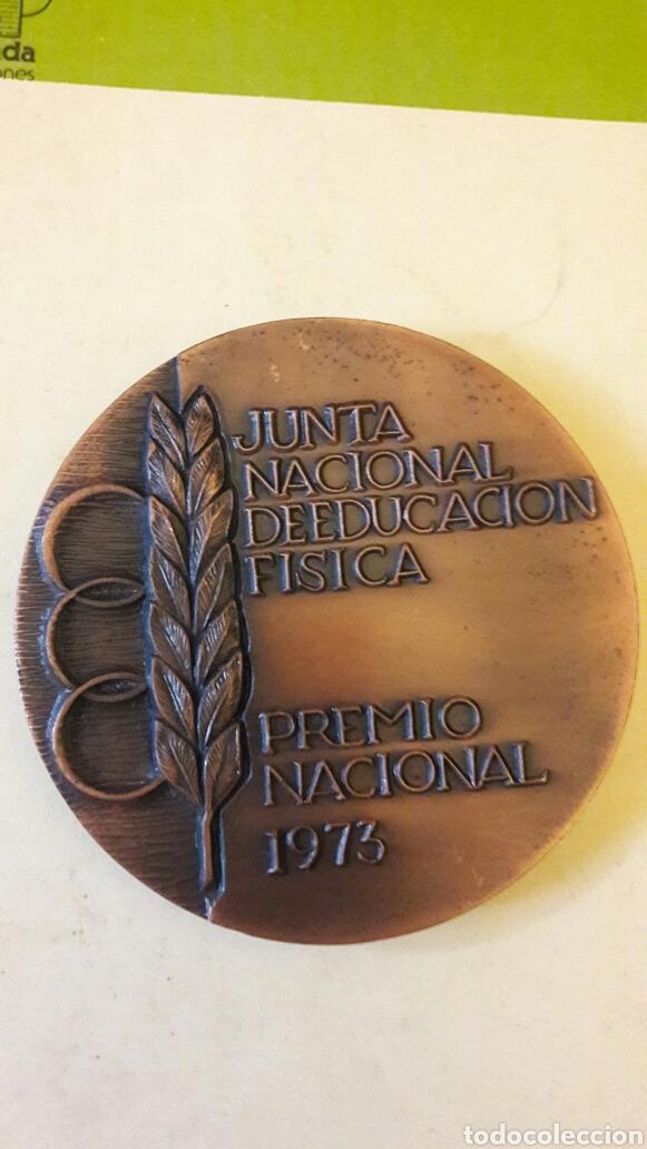 Coleccionismo deportivo: MONEDA DE BRONCE -JUNTA NACIONAL DE EDUCACION FISICA -PREMIO NACIONAL 1973-9CTM - Foto 2 - 117064956