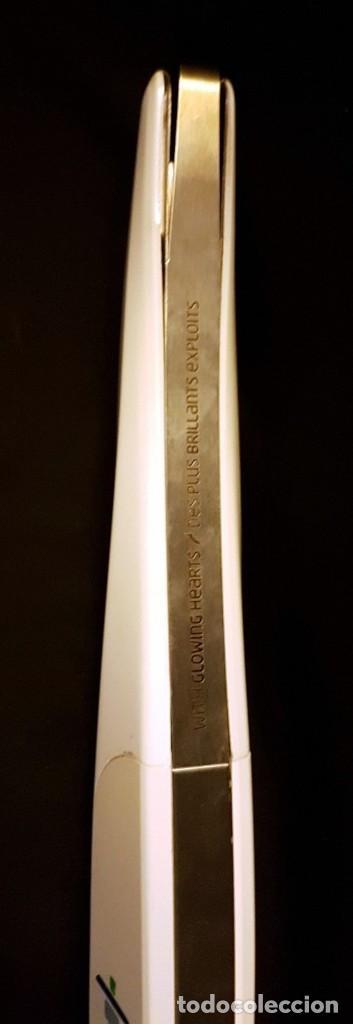 Coleccionismo deportivo: ORIGINAL ANTORCHA JUEGOS OLIMPICOS INVIERNO VANCOUVER 2010 - Foto 5 - 117126107