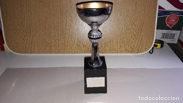 Coleccionismo deportivo: TROFEO DE TIRO CON CARABINA....ASVIME.....1982.... - Foto 2 - 122702755