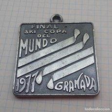 Coleccionismo deportivo: MEDALLA ESQUÍ FINAL COPA DEL MUNDO 1977 GRANADA. Lote 129467111