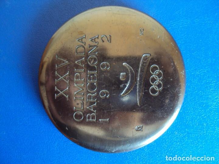 (F-181234)MEDALLA XXV OLIMPIADA BARCELONA 1992 - XAVIER CORBERÓ, DE LA F.N.M.T. COOB'92 (Coleccionismo Deportivo - Medallas, Monedas y Trofeos - Otros deportes)