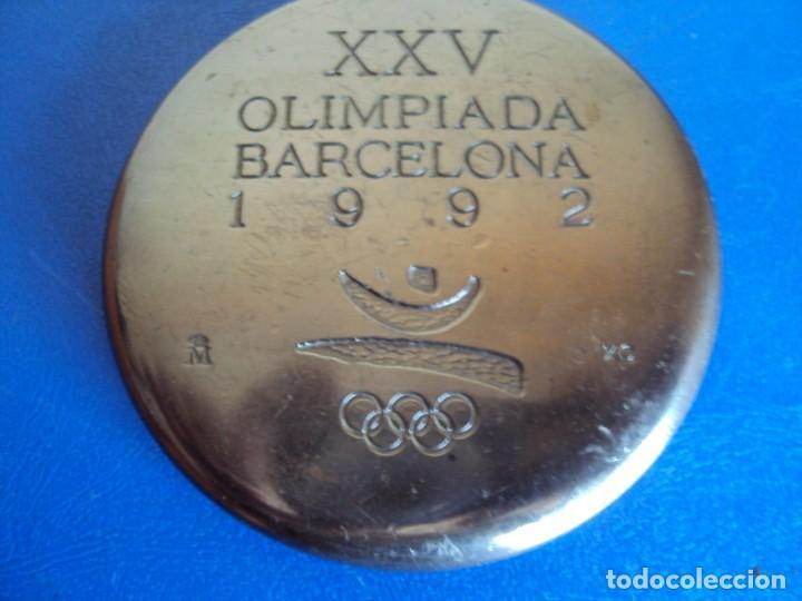 Coleccionismo deportivo: (F-181234)MEDALLA XXV OLIMPIADA BARCELONA 1992 - XAVIER CORBERÓ, DE LA F.N.M.T. COOB92 - Foto 2 - 143866630