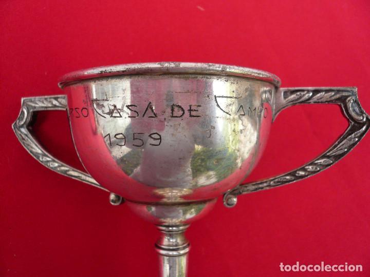 Coleccionismo deportivo: TROFEO DE ALPACA. PAREJA: 1 DE 1955 Y OTRO DE 1959 - Foto 8 - 144795818