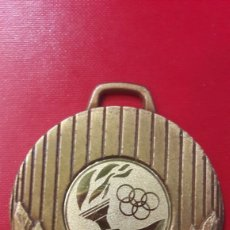 Coleccionismo deportivo: MEDALLA OLIMPIADAS 5 CTMS. Lote 149609329