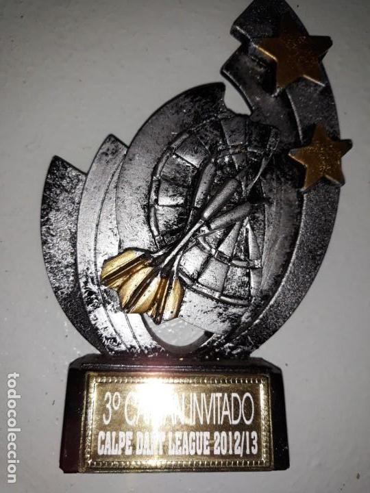 COPA TROFEO DE DARDOS 3º CAPITÁN INVITADO CALP CALPE DART LEAGUE 2012 13 DIANA ESTRELLAS 15 CM ALTO (Coleccionismo Deportivo - Medallas, Monedas y Trofeos - Otros deportes)