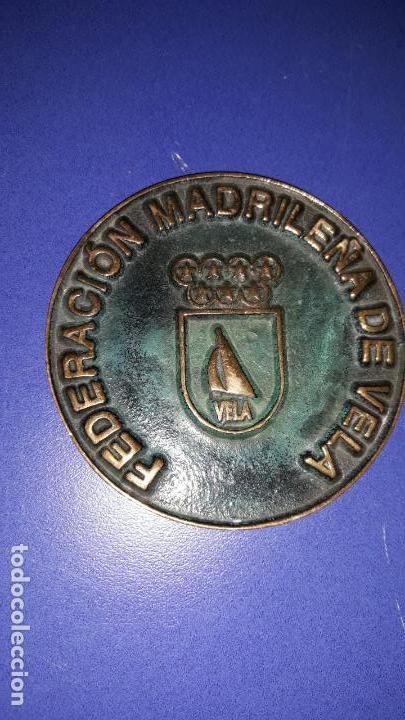 MEDALLÓN FEDERACIÓN MADRILEÑA DE VELA (Coleccionismo Deportivo - Medallas, Monedas y Trofeos - Otros deportes)