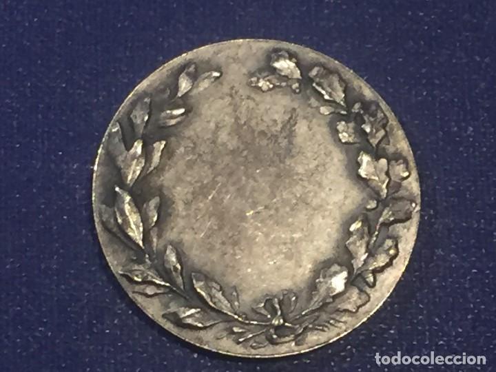Coleccionismo deportivo: medalla metal plateado años 20 30 huguenin jabalina atletismo francia suiza 29mm - Foto 2 - 156564814