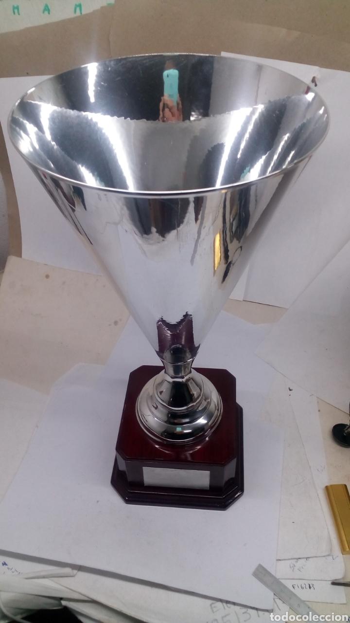 COPA TROFEO GRANDE DE ALPACA PLATEADA NUEVA (Coleccionismo Deportivo - Medallas, Monedas y Trofeos - Otros deportes)