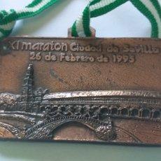 Coleccionismo deportivo: BONITA MEDALLA MARATON CIUDAD DE SEVILLA.1995.. Lote 161988428