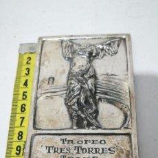 Coleccionismo deportivo: PLACA TROFEO, TRES TORRES TENIS 1952. Lote 168864628