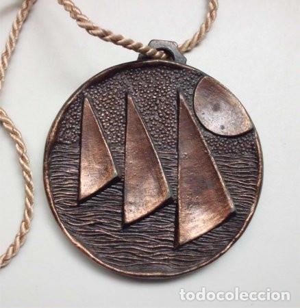 Coleccionismo deportivo: Medalla de bronce campeonato de vela en Lago de Bornos (Cádiz) - 1980 - Foto 2 - 177823242