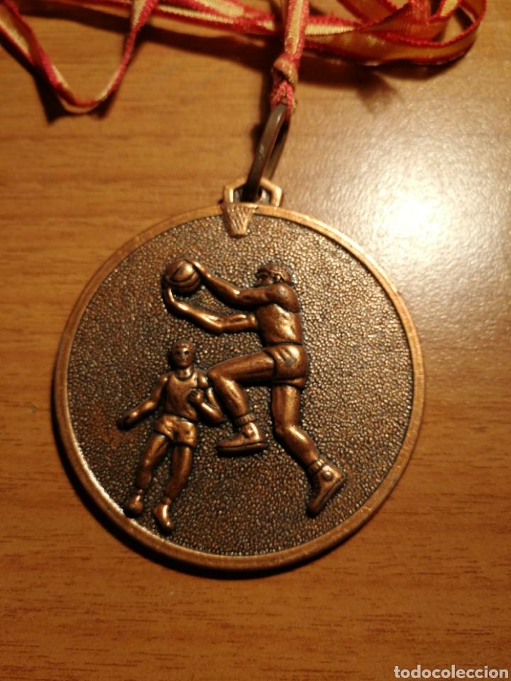 MEDALLA BALONCESTO (Coleccionismo Deportivo - Medallas, Monedas y Trofeos - Otros deportes)