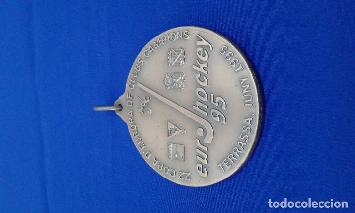 Coleccionismo deportivo: MEDALLA ATLETICO TERRASA HOCKEY CLUB 22 COPA DE EUROPA - Foto 2 - 178247016