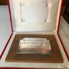 Coleccionismo deportivo: TROFEO FORTUNA SELECCIÓN ADMIRAL'S CUP 1975 EN PLATA DE LEY. Lote 180952323