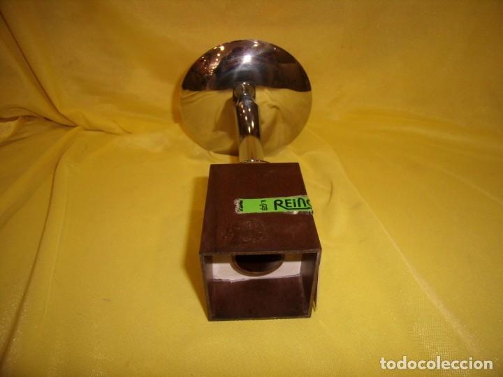 Coleccionismo deportivo: Trofeo acero inoxidable 18/8 de Reinox, años 80, pie de plastico, Nuevo sin usar. - Foto 6 - 182962038