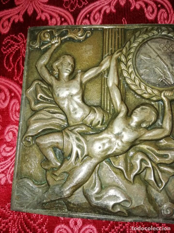 Coleccionismo deportivo: Antiguo bronce trofeo tiro al plato muy pesado 13x13 cm - Foto 7 - 183471063
