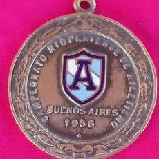 Coleccionismo deportivo: MEDALLA BRONCE CAMPEONATO RIOPLATENSE DE ATLETISMO BUENOS AIRES 1956. Lote 185937475