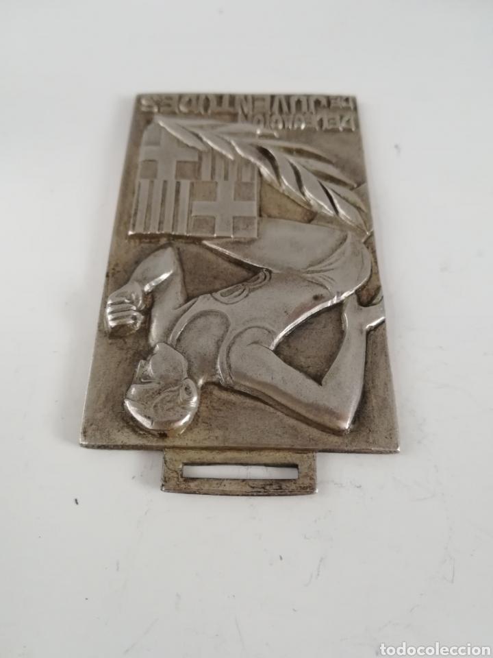 Coleccionismo deportivo: Medalla Delegación de Juventudes Barcelona 1969 - Baloncesto Juvenil - Frente de Juventudes Falange - Foto 4 - 189296778