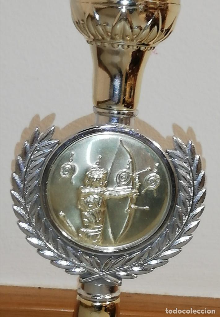 Coleccionismo deportivo: Trofeo tiro con arco - Foto 2 - 190129155