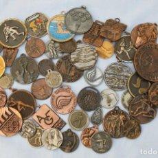 Coleccionismo deportivo: LOTE DE 45 MEDALLAS DEPORTIVAS . Lote 190459115