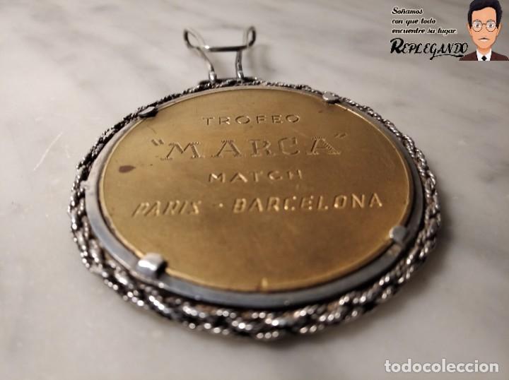 Coleccionismo deportivo: RARA MEDALLA AÑO 1953 - TORNEO MARCA - MATCH PARÍS / BARCELONA (ESCUDO ESPAÑA - ARAGÓN Y CATALUÑA) - Foto 7 - 194330510